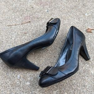 Alfani IFlex 'Lyric' Black Leather Heels Size 7.5M